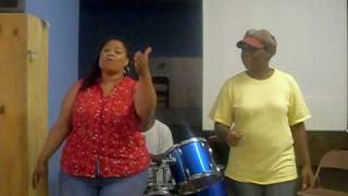 God kept his arms around me oringinal brown singers (cover) by the Hope Praise Singers