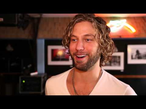 The Bluebird Cafe with Casey James  ACM Lifting Lives Music Camp 2014