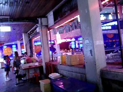 ゴーゴーバー(ナナ) Bangkok Gogo Bar Nana