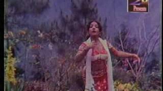 Amar Kuasha Je Orna_Asha Bhosle_Duti Pata.wmv