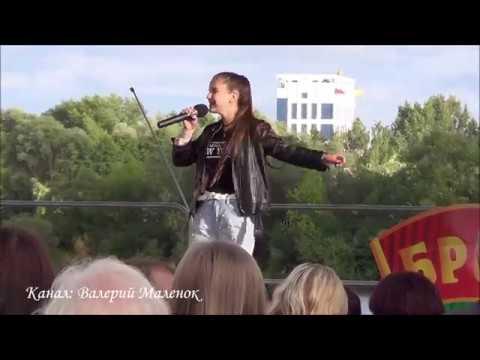 ЦВЕТ НАСТРОЕНИЯ - СИНИЙ!!! на День молодежи в Бресте! Street! Music! Song!
