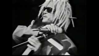 Watch Billy Idol Wasteland video