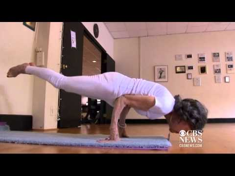 World's oldest yoga teacher
