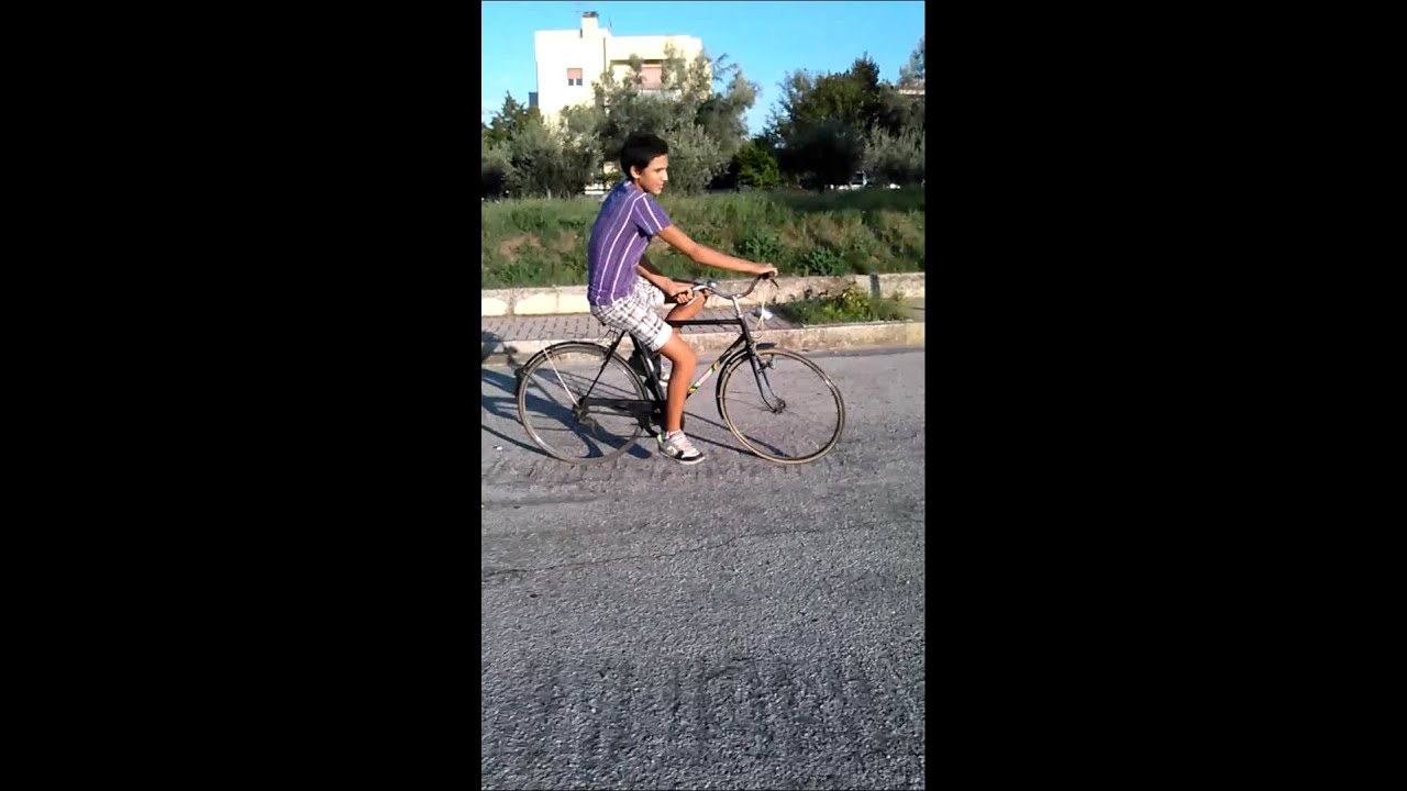 guinness world Fedi ep. 1 - Andare in bici - YouTube