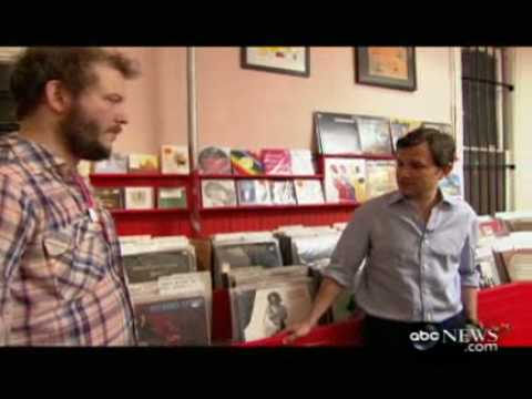 ABC News Interviews Bon Iver at Sound Fix (Part One)