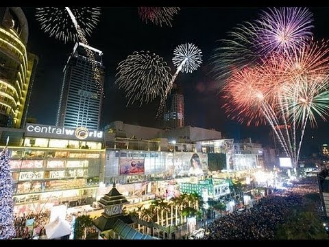 Bangkok New Year Eve Celebration 2014, Fireworks @ Central World Plaza, Bangkok, Thailand
