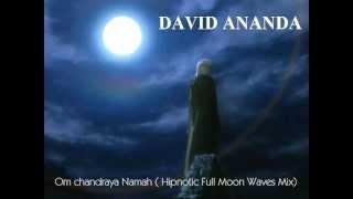 ॐ om chandraya namah ( hipnotic full moon waves mix)