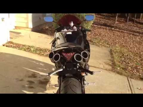 2011 Yamaha R1 with TOCE T-slash Exhaust