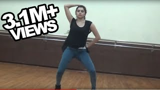 She is hot & her freestyle dance at IIT