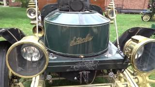 Starting a 1910 Stanley Steamer - Catching Fire - Full Version