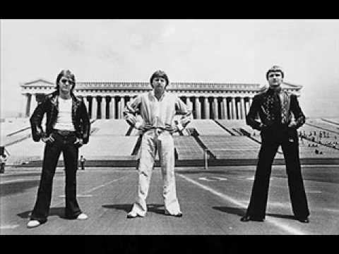 Emerson Lake And Palmer - Nobody Loves You Like I Do
