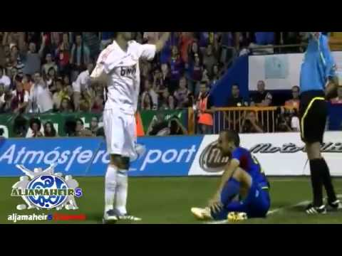 Levante vs Real Madrid - The Fight & Sami Khedira Red Card - 18.09.2011