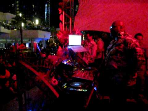 Carl Cox - Love Festival Las Vegas - May 24th 2009 - Palms pool Video