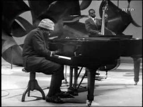 Thelonious Monk - Round About Midnight