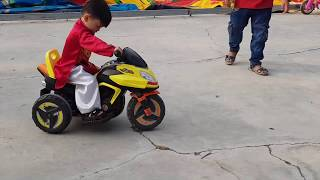 Bé Tập Lái Xe - Tin Tập Lái Mô Tô - Baby learns to drive, motor toy for Kid