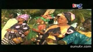Fatou Guewel - Kaay Leen ñu Dem Touba