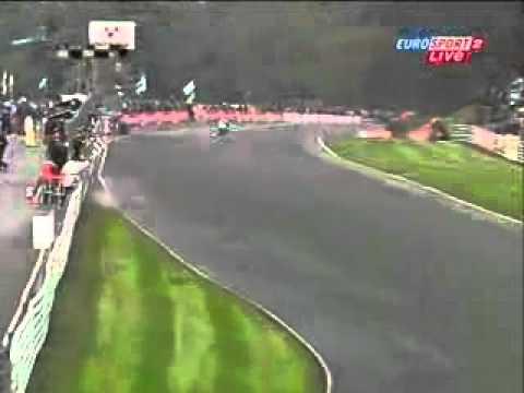 Daytona 675 vs R6