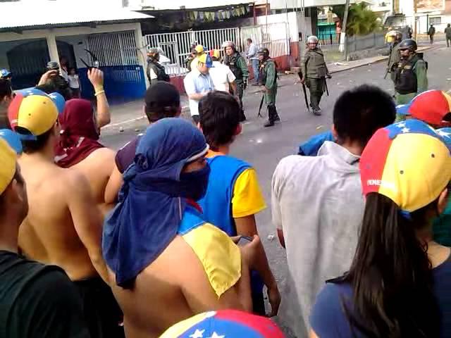 Manifestación pacifica termina en disturbios