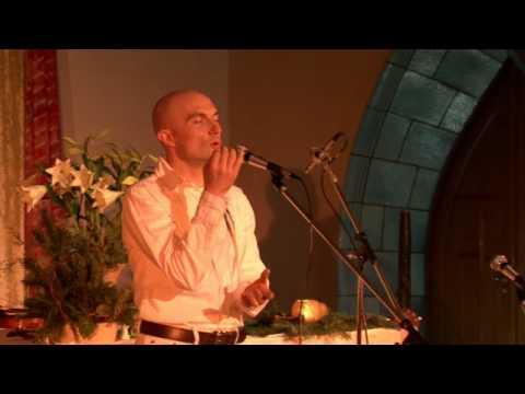 Overtone Singing in Concert - Miroslav Grosser (Berlin)