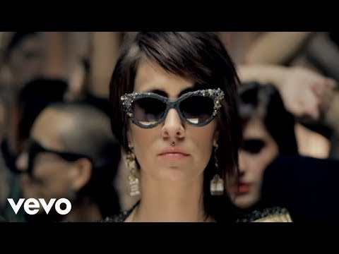 DEV feat. The Cataracs - Bass Down Low