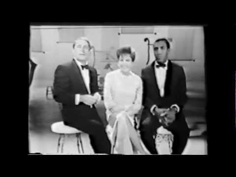"Judy Garland & Perry Como & Bill Cosby: ""The search for the ring"" (TV comedy skit)"