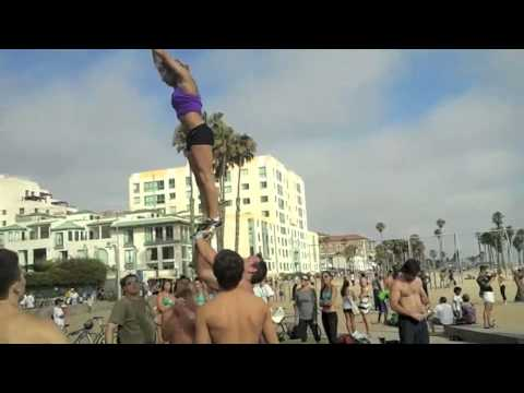 7/22/2012 - Awesome stunting at Muscle Beach