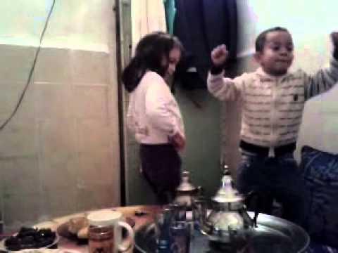 المغرب بلد النشاط : طفل مغربي اكثر من رائع thumbnail