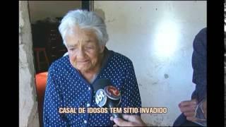 Casal de idosos é brutalmente machucado em  assalto em sítio que vive há 50 anos