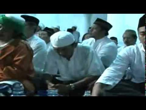 KH Ach Muzakki Syah-Manaqip Syekh Abdul Qodir Al Jaelani-3-MP4...