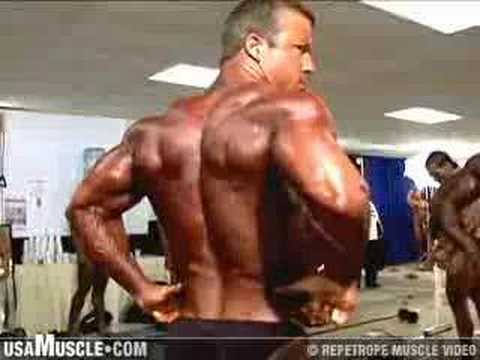 2006 NPC Junior Nationals Bodybuilding Pump Room 3 Preview Video