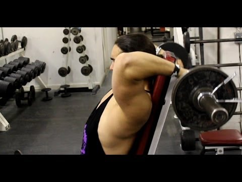Building Bigger Triceps: 3 Exercises for the Long Head Tricep Image 1