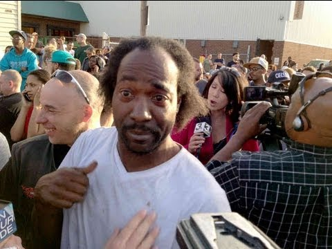 Charles Ramsey = Hero Neighbor