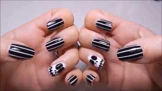 Nail Art Halloween con Smalto KIKO - Tim Burton