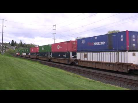 UP 8369, 6555 Lead A Stack Train @ Old Town Tacoma, WA w Canon HF11