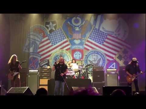 Lynyryd Skynyrd Simple Man , Albany NY , Times Union Center May 21 2011