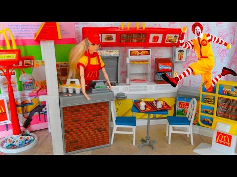 Макдональдс (McDonald's) для Барби. Обзор