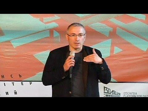 Oil tycoon Khodorkovsky downplays sanctions weapon in Ukraine crisis