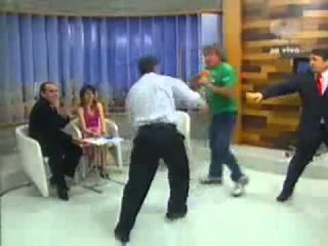 Briga durante programa de TV Bibo Nunes Show