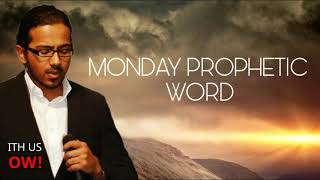 MONDAY PROPHETIC WORD - 1st OCT - TRUST GOD AS HE PREPARES YOU, Daily promise and powerful prayer