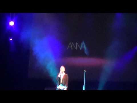 """Annalisa Scarrone ad """"Una canzone per telethon"""" (prima parte)"""