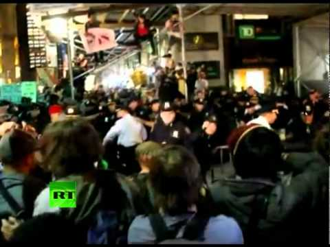 Shocking Video of NYC Violence: Police beat up protesters storming barricades