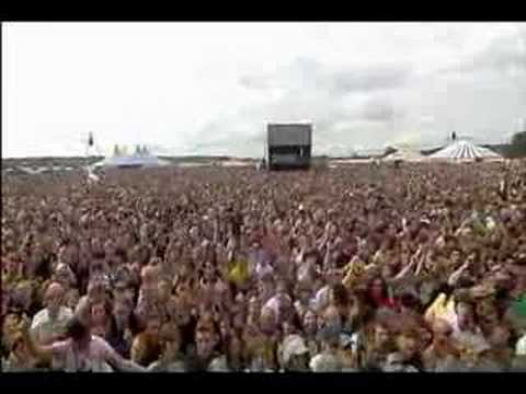 Razorlight - Rip It Up  (Live at Reading 2004)
