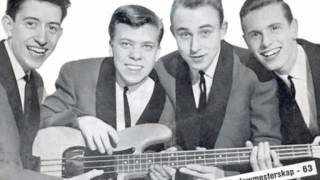 The Beatniks Stumbling Guitars