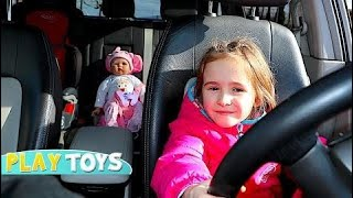 NEW Driving sick Baby Doll to Doctor with Parents car HD