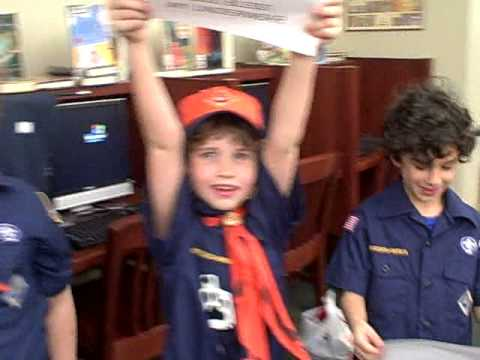 TIger Den Pack 11 sings God Bless My Underwear Video