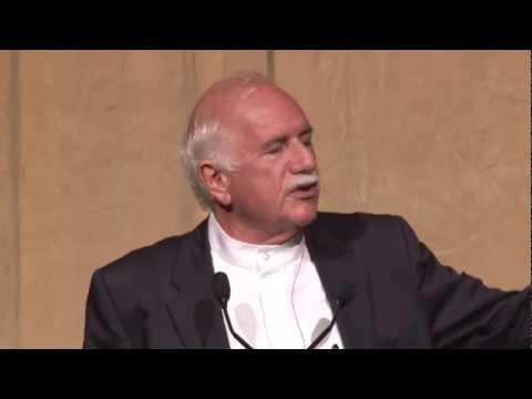 Spotlight on Design: Moshe Safdie