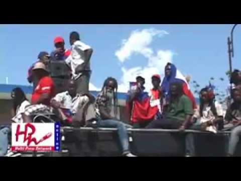 Manifestation anti martelly et pro aristide dans les rues de port au prince youtube - Manifestation a port au prince aujourd hui ...