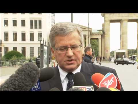 Poles Will Not Unilaterally Arm Ukraine: Komorowski calls on EU to unite against Russian threat