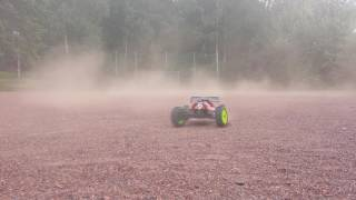 RC Buggy fun in the dirt
