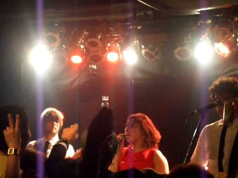 Miniatura del vídeo SUZY & LOS QUATTRO JAPAN TOUR 2012 in osaka  01/21/2012